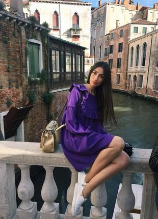 Платье свободного кроя с длинным рукавом