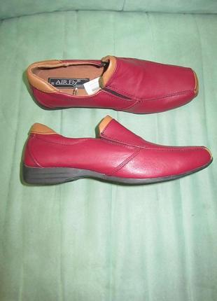 Новые кожаные туфли италия