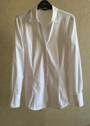 Белая приталенная рубашка more&more