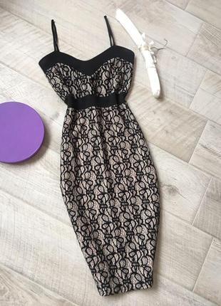 Черное кружевное миди платье на токих бретелях
