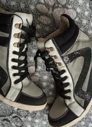 New look сникерсы фирменные кроссовки высокие