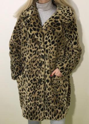 Леопардовая плюшевая шуба оверсайз