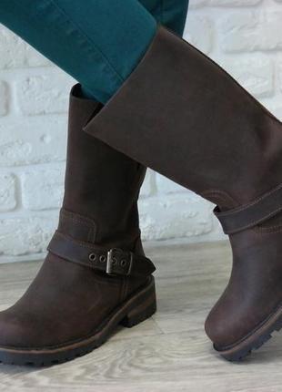 Оригинальные кожаные женские сапоги  без подклада деми шикарное состояние