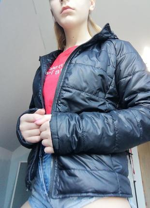 Куртка чёрная весенняя
