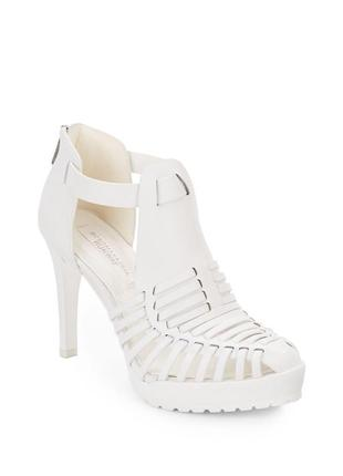 Кожа туфли bcbg max azria, 37 -37,5 размер