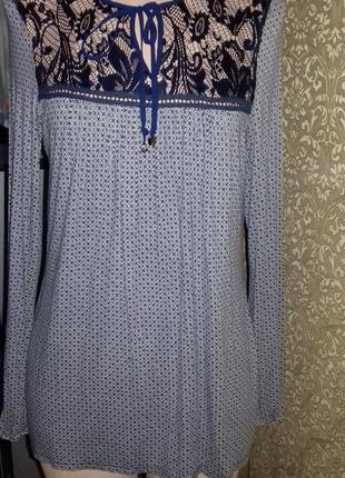 Красивая блузка с кружевом george