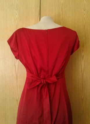 Атласное красное платье,м.3 фото