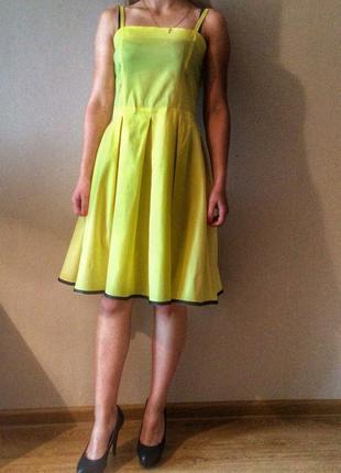 Яркое,легкое,летнее платье.