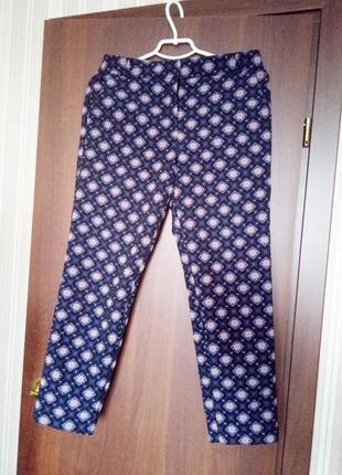Укороченые брюки.