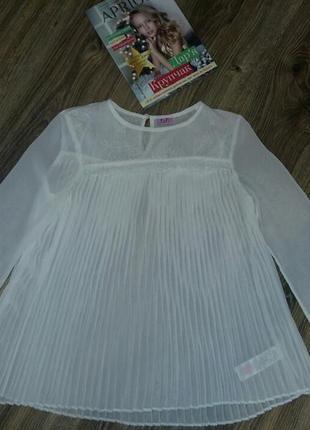Нарядная шифоновая фирменная блузка блуза