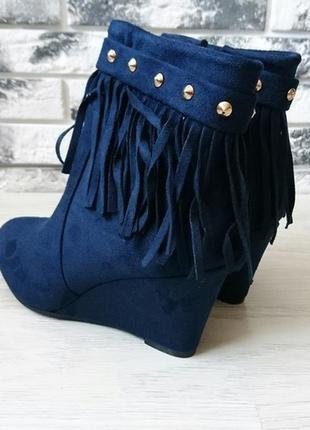 Весенние синие  ботиночки 36 размер 155 грн