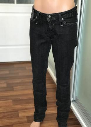 Базовые чёрные брюки штаны джинсы чёрного цвета