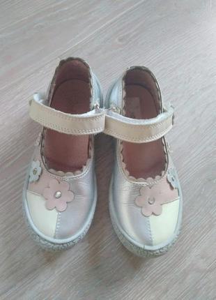 Кожаные туфли, туфельки на липучках для девочки, италия, р. 24-25