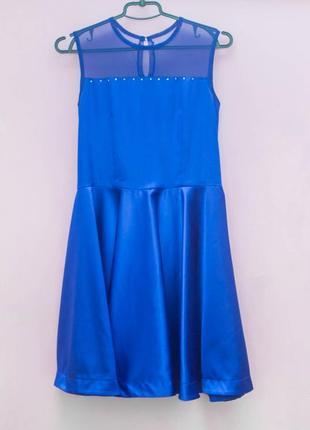 Синее атласное платье