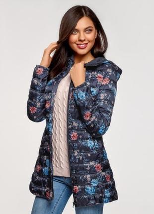 Весенняя куртка с цветочным принтом