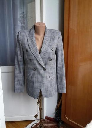 Трендовый пиджак в клетку denny rose италия