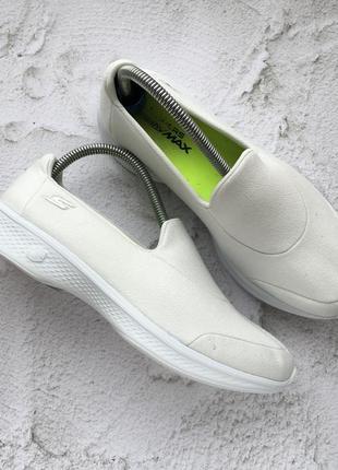 Оригинальные кроссовки skechers gowalk 4