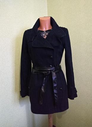 Очень красивое чёрное двубортное пальто /50% шерсть/10/euro 38/