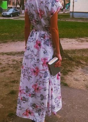 Белое платье в пол с красивым принтом в цветы! универсальный размер!