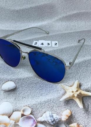 Солнцезащитные очки синее,зеркальные к. 2432