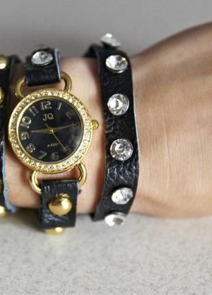 Черные кожаные ретро часы со сразами (ч011)