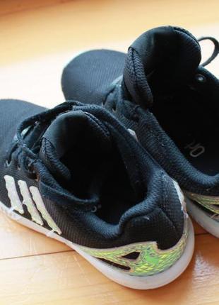 Стильные детские кроссовки adidas