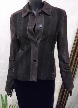 Замшевая курточка итальянского бренда zaffers