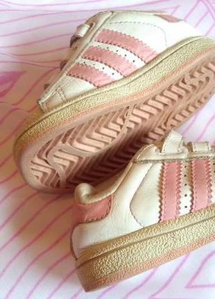 Кроссовки  adidas на малышку