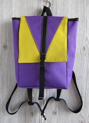 Яркий небольшой рюкзак (ручная работа)