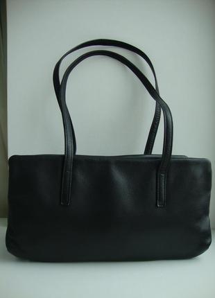 Шкіряна фірмова італійська сумка essential