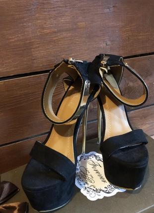 Замшевые босоножки на высоком каблуке 16 см