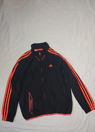 Adidas мастерка на мальчика,р-р s,9-10 лет 140 см ,оригинал,в идеале