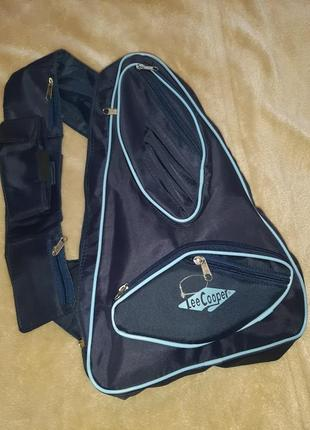 Классный рюкзак через одно плечо.новый. lee cooper.