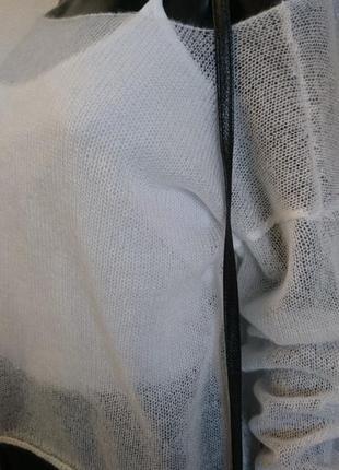 Белый свитер накидка из мохера4 фото
