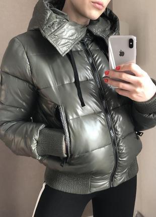 Новая куртка на синтепоне champion