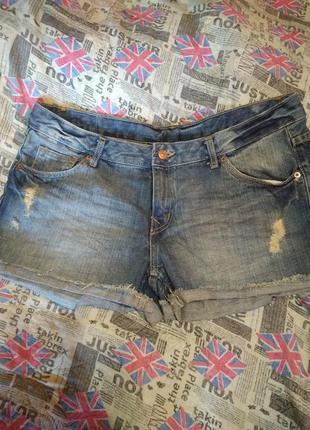 Стильні джинсові шорти