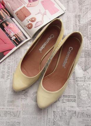 Cremades! красивые лаковые туфли лодочки песочного цвета, испания, 37 р.3 фото