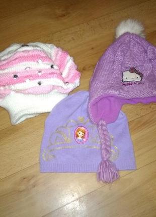 Комплект шапок для девочки 5-6 лет