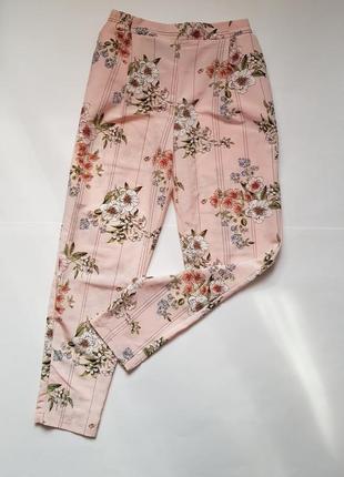 Стильные летние легкие штаны в цветочный принт,шикарные нежные брюки в цветы