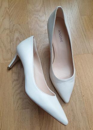 Супер удобные туфли из натуральной кожи