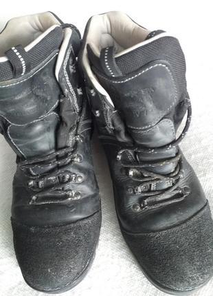 Ботинки кожаные производства румыния