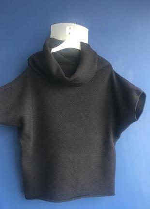 Шерстяной свитер от benetton