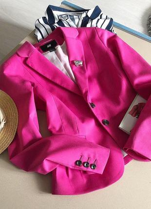 Стильный пиджак малинового цвета h&m