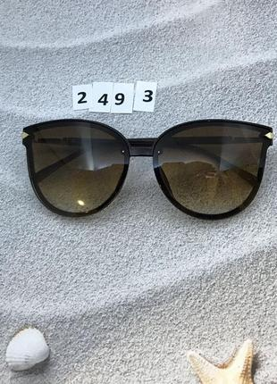 Стильные коричневые очки к. 2493
