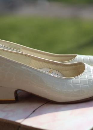 Роскошные туфельки ara 38 разм