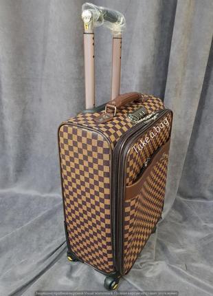 Стильный чемодан унисекс