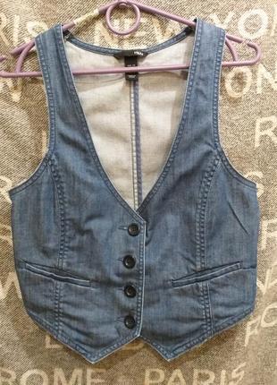 Синий джинсовый жилет h&m*