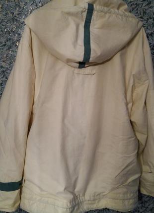 Непромокаемая куртка- ветровка  королевского размера.