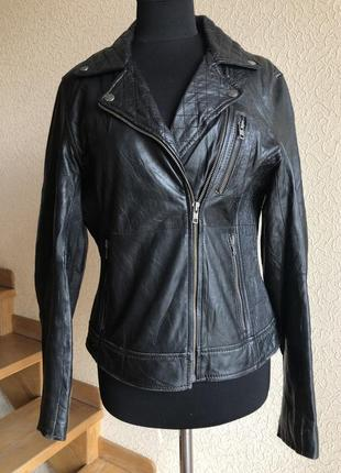 Кожаная куртка косуха от бренда gipsy, черная в идеальном состоянии.