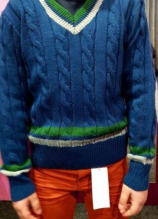 Очень красивый свитерок